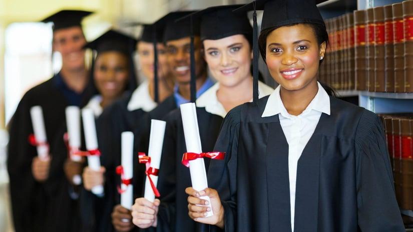 estudia-en-las-mejores-universidades-online-valida-titulo-uvirtual_26458554_l.jpg