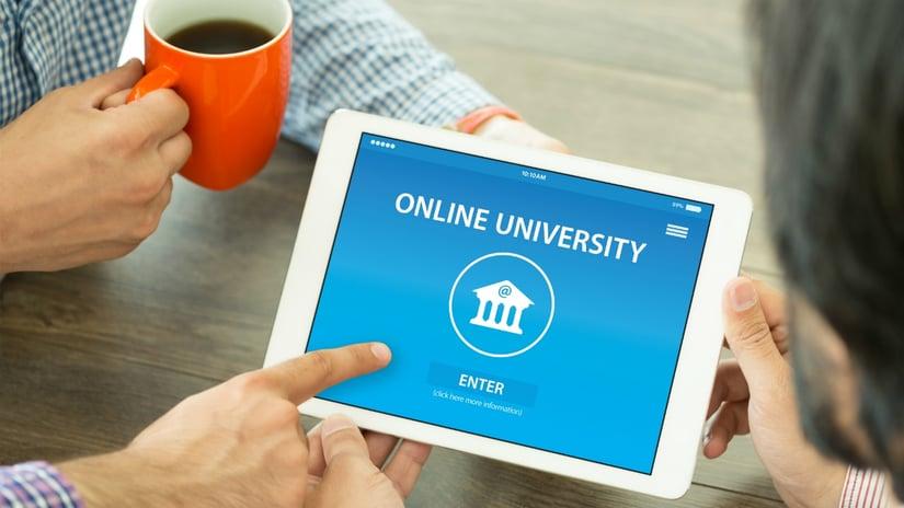 Top-3-de-universidades-donde-puedes-estudiar-una-maestra-online-528184969.jpg