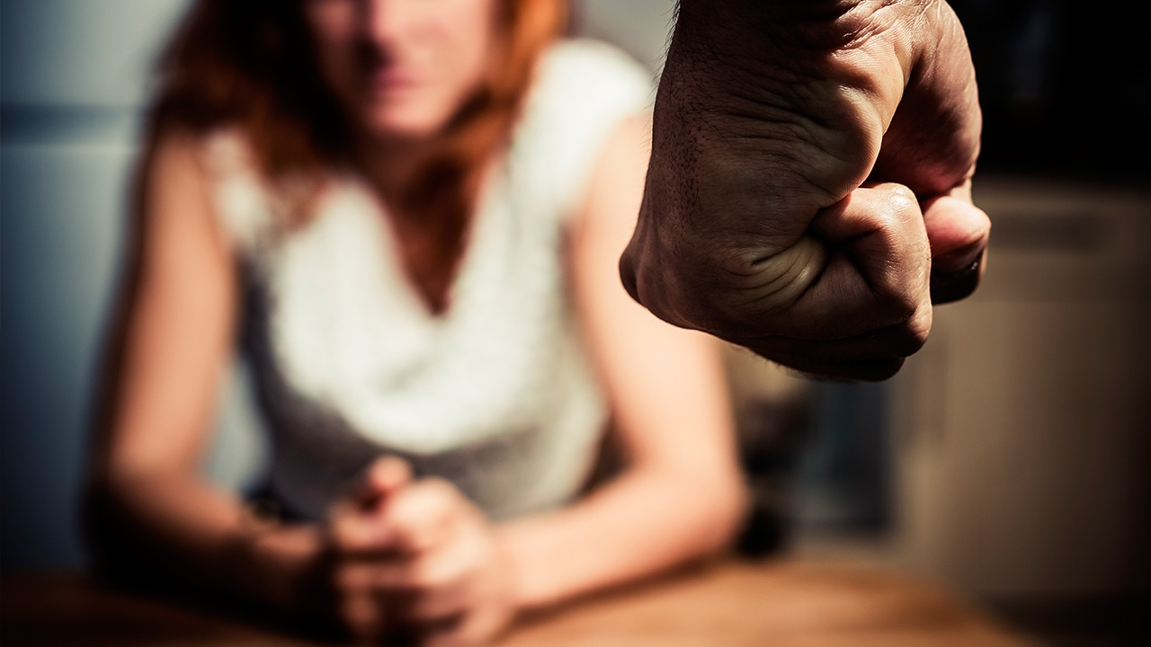 Profesionalizar la lucha contra la violencia de género