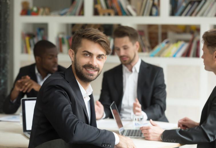 Ventajas del aprendizaje del derecho a través de maestrías online